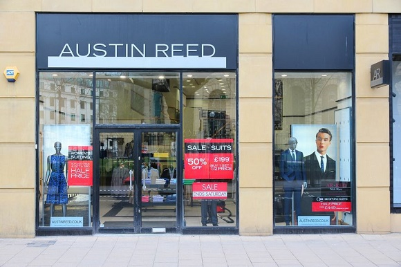 Austin Reed Follows Bhs Into Administration In Unforgiving Retail Sector Engage Employee
