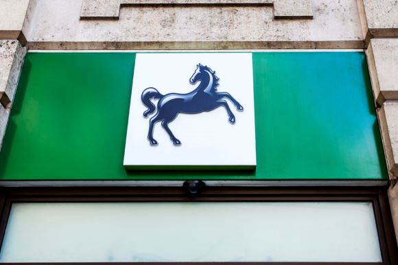 Lloyds To Cut 625 Jobs And Move It Work To India Says