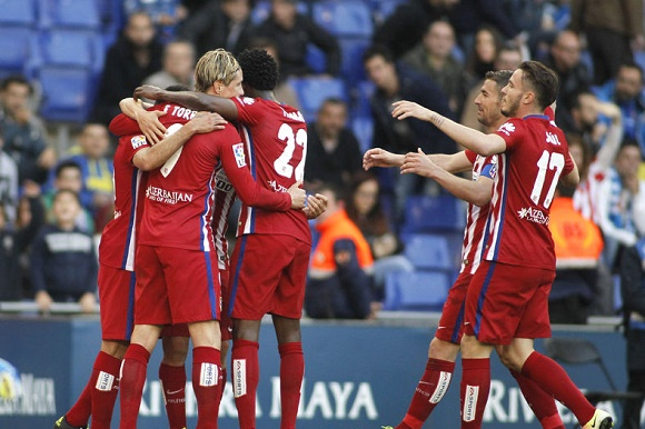 55338075 - atletico madrid players celebrating goal during a spanish league match against rcd espanyol at the power8 stadium on april 9, 2016 in barcelona, spain