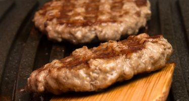 67813969 - process of preparation of minced meat on the grill
